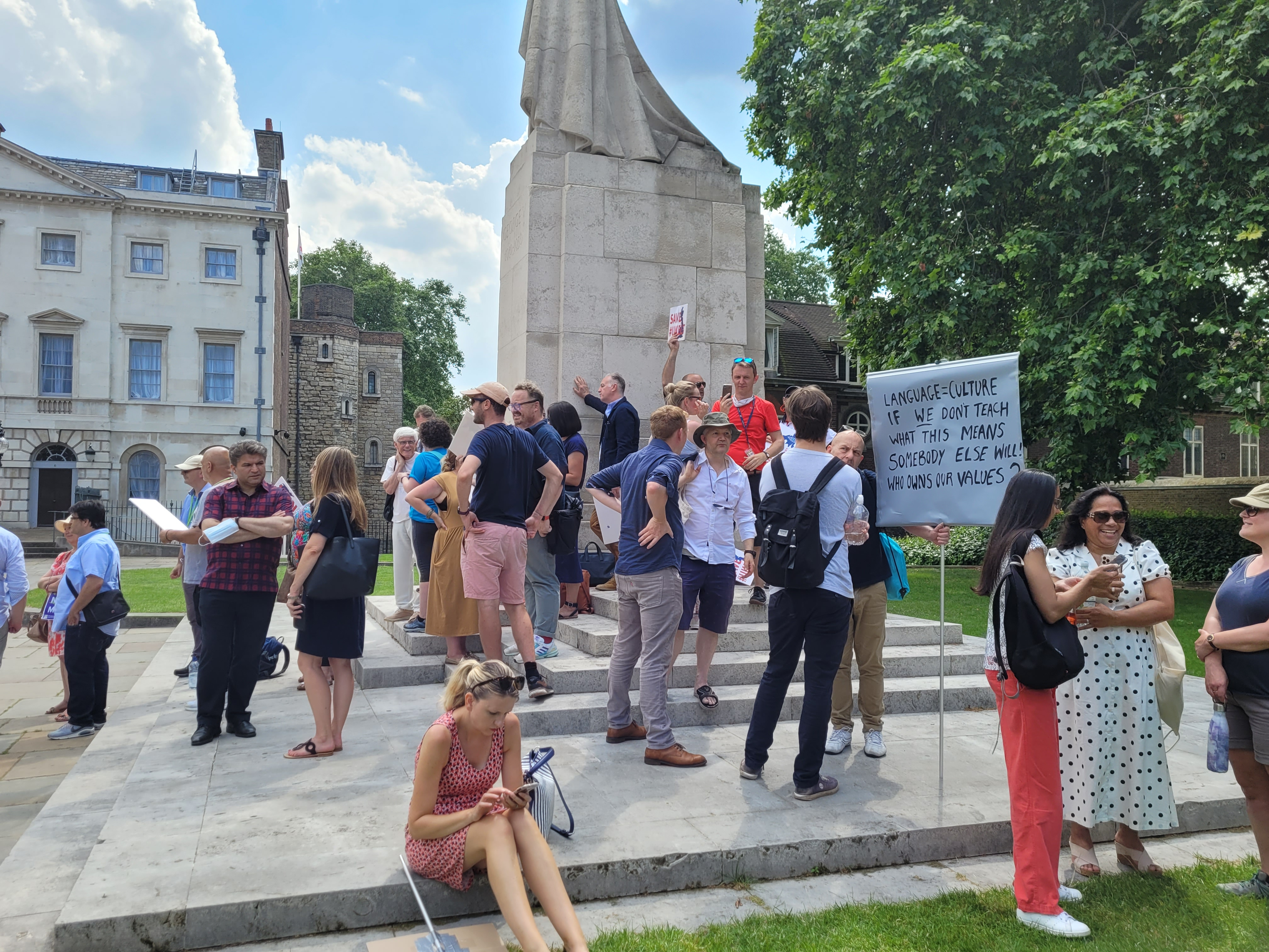DAY OF ACTION BY U.K. LANGUAGE SCHOOLS